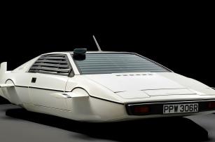 На саммите Connected Car будет машина Джеймса Бонда