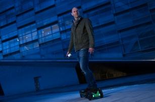 Напечатайте свой собственный электронный скейтборд на 3D-принтере с Faraday Motion