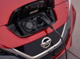 Nissan выпустил экономный электрокар Leaf