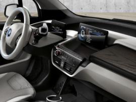 Обзор новинок рынка подключенных автомобилей