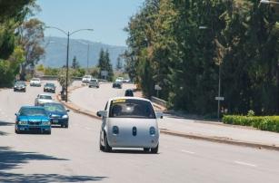 Очаровательные самоуправляемые автомобили от Google уже на общественных дорогах