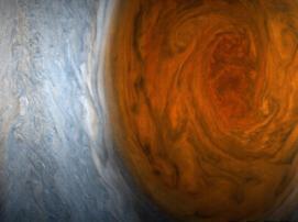 Первые снимки Большого красного пятна Юпитера