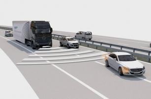 Полуавтономный грузовик Mercedes начали тестировать на общественных дорогах
