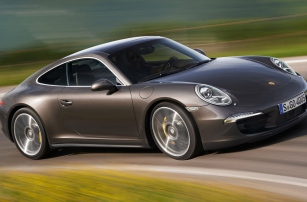 Porsche тестирует инновационный круиз-контроль