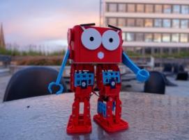 Robotical Marty – милый образовательный робот
