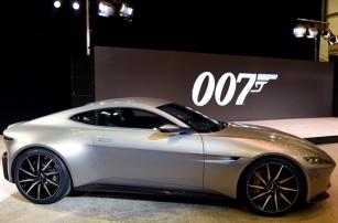 Роботизированный автомобиль Aston Martin: взболтать, но не смешивать