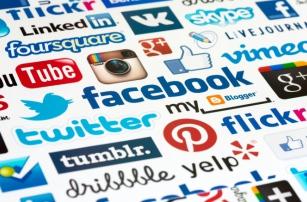 Сколько зарабатывают соцмедиа в России