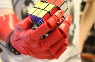 Создатели 3D-печатной кисти получили премию Дайсона