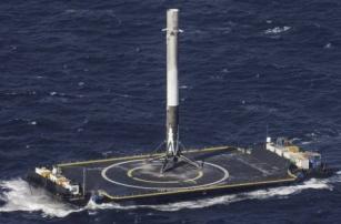 SpaceX: новый успех – второе приводнение ступени Falcon 9