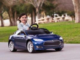 Tesla Motors показала детский электрокар Model S