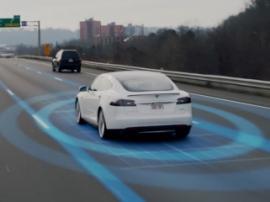 Tesla Motors продолжает модернизировать свой автопилот