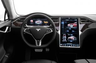 Три совета, которые помогут обезопасить подключенные автомобили от хакеров