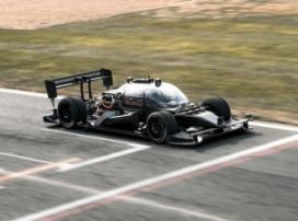 Успешное тестирование первого беспилотного гоночного автомобиля на трассе «Формулы-1»