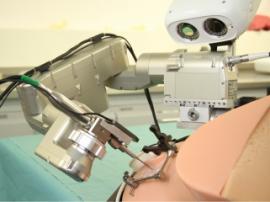 В Бернском университете создали робота-микрохирурга