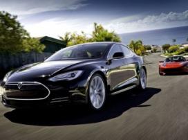 В электрокары Tesla добавят систему «ЭРА-ГЛОНАСС»