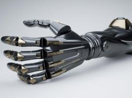 В Великобритании стартовали первые в мире клинические испытания 3D-печатных робопротезов