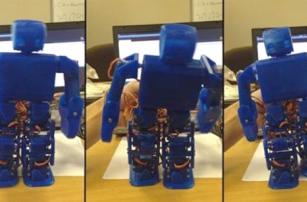 Японцы выпустили печатного робота, который «очеловечит» других роботов
