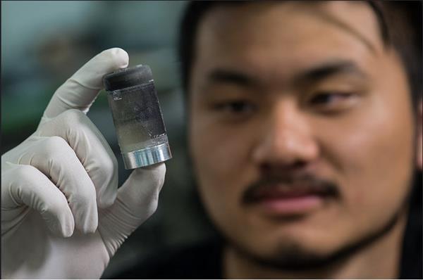 3D-печатное устройство для безболезненных уколов