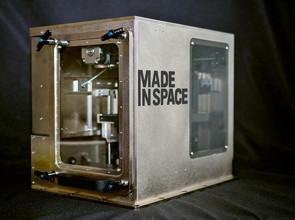 3D-принтер, который способен печатать в открытом космосе