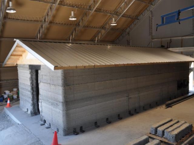 3D-принтер строит казармы для армии США