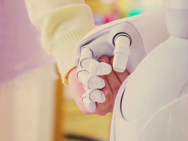 8 роботов, которые уже работают среди людей