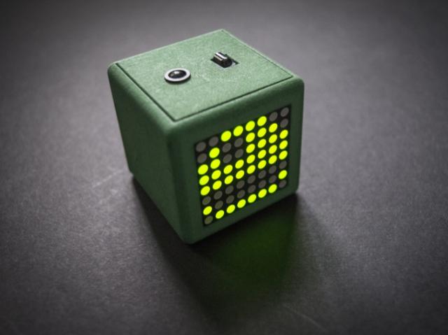 Adafriend: 3D-печатный виртуальный питомец
