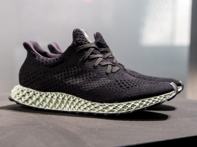 Adidas Futurecraft 4D: как бренд использовал цифровой синтез света