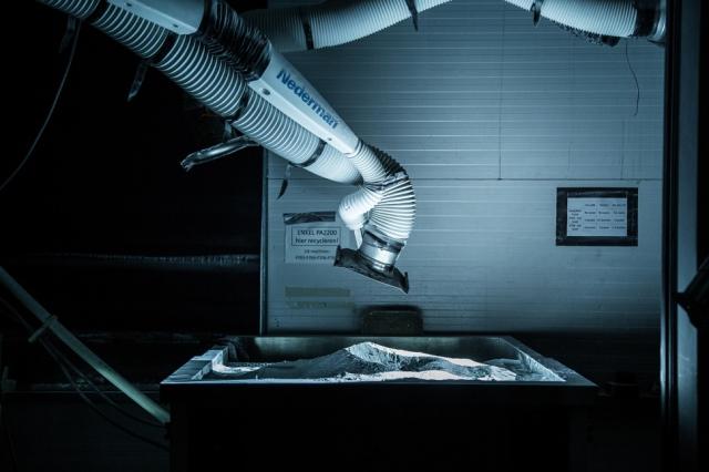 Adidas передаёт производство обуви роботам