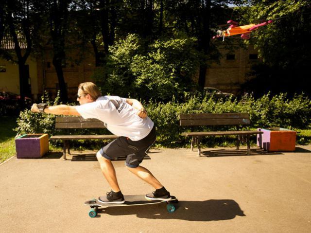 Airdog следит за тобой: дрон запишет крутые видео о твоих приключениях