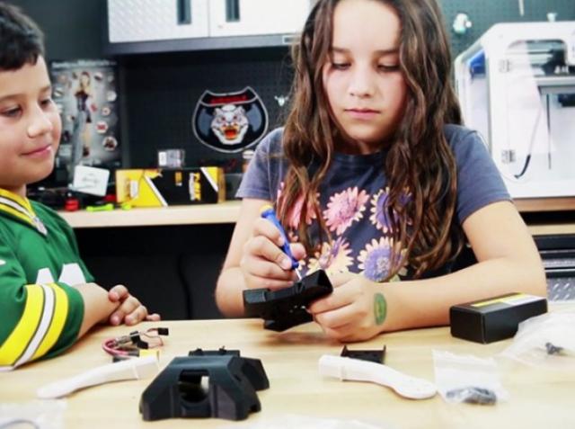 Airwolf 3D разработала беспилотник, который дети могут напечатать самостоятельно