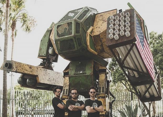 Американцы объединят пилотируемых боевых роботов в лигу