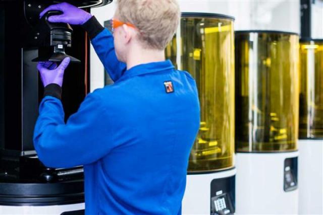 Delphi Corporation будет производить автомобильные комплектующие с помощью технологии быстрой 3D-печати Carbon