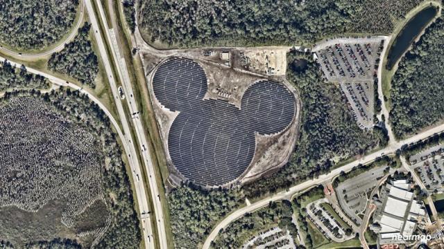 Для Disney соорудили солнечную электростанцию, напоминающую голову Микки Мауса