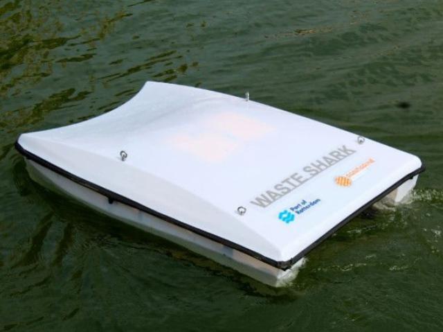 Для сбора морского мусора решили использовать дронов