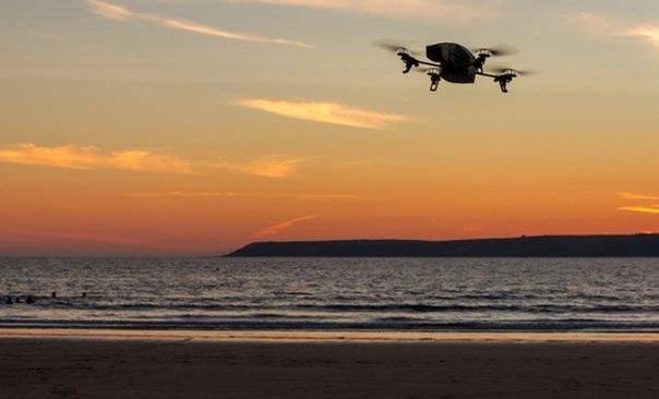 Drones will keep beaches clean in Dubai
