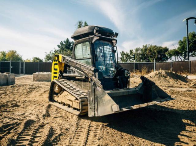 Ex-Googler creates smart excavator