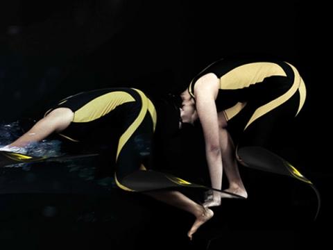 Elle: 3D печатный протез ноги для плаванья