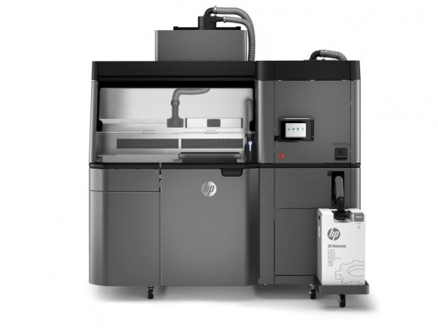 Evonik будет производить порошки для 3D-принтеров Hewlett Packard