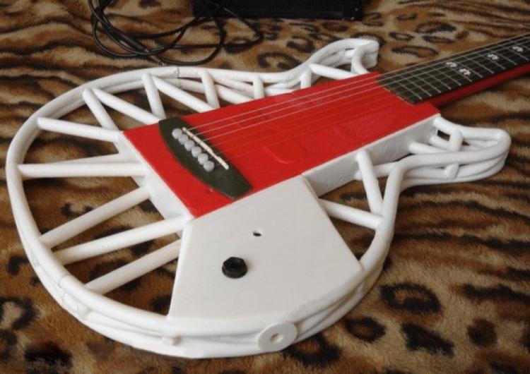 Гитара, напечатанная на 3D-принтере