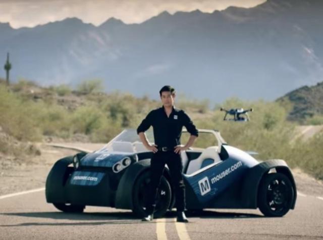 Грант Имахара испытал беспилотное 3D-печатное авто Local Motors с бортовым дроном