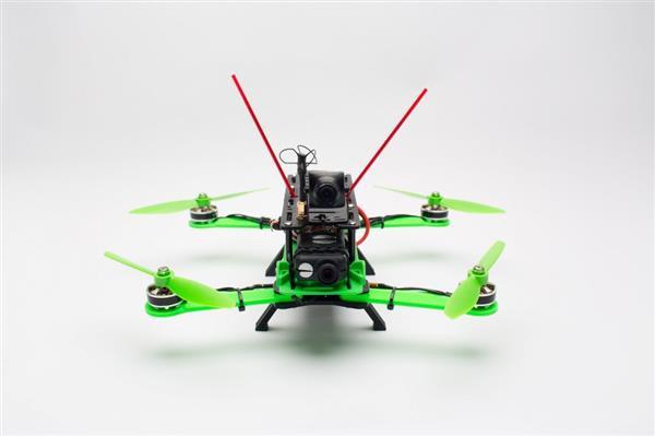 Hovership представляет MHQ2 – обновленный вариант популярного 3D-печатного квадрокоптера