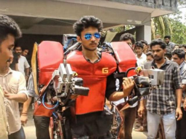 Индийский студент создал функциональный костюм Железного человека