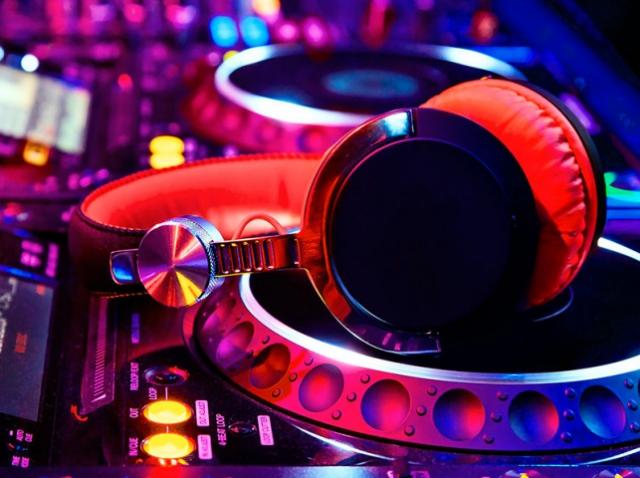 Штучний інтелект створює власні музичні композиції