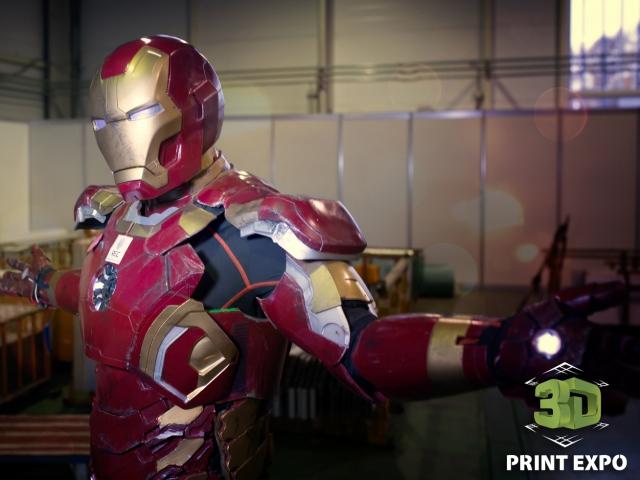 Итоги второго дня 3D Print Expo 2016: косплей-шоу и розыгрыш 3D-принтера