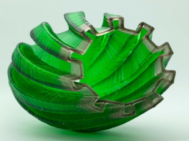 Израильские разработчики представили технологию 3D-печати стеклом