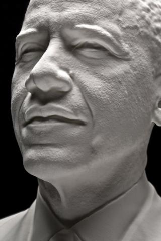 Как был 3D напечатан первый портрет президента Обамы