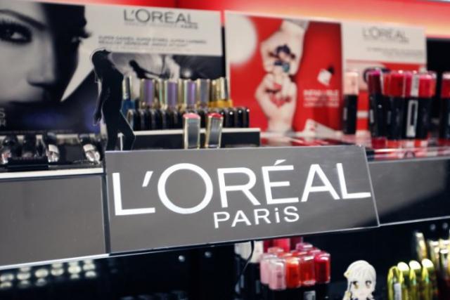 """L'Oreal будет """"печатать"""" на 3D-принтере человеческую кожу"""