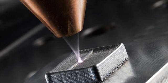 Легкие детали для самолетостроения создаются при помощи 3D-печати