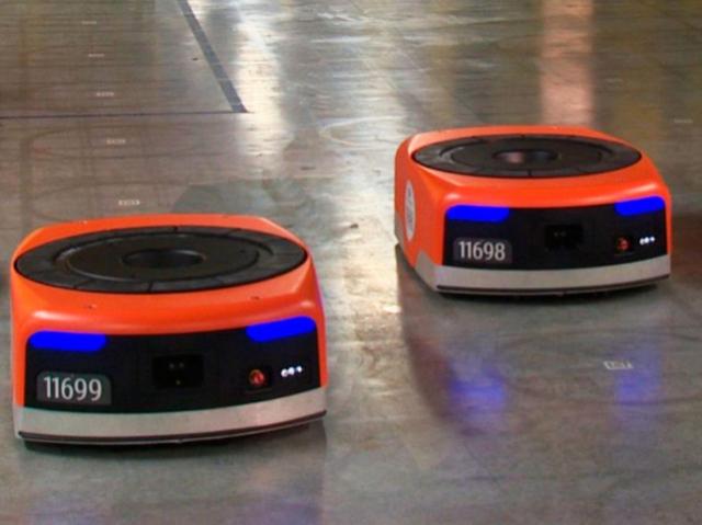 Маленькие китайские роботы обрабатывают до 200 тысяч посылок в день