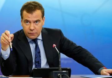 Медведев заявил, что искусственный интеллект не сможет заменить юристов
